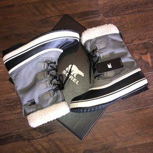 NIB Sorel Gray Winter Carnival Boots 7